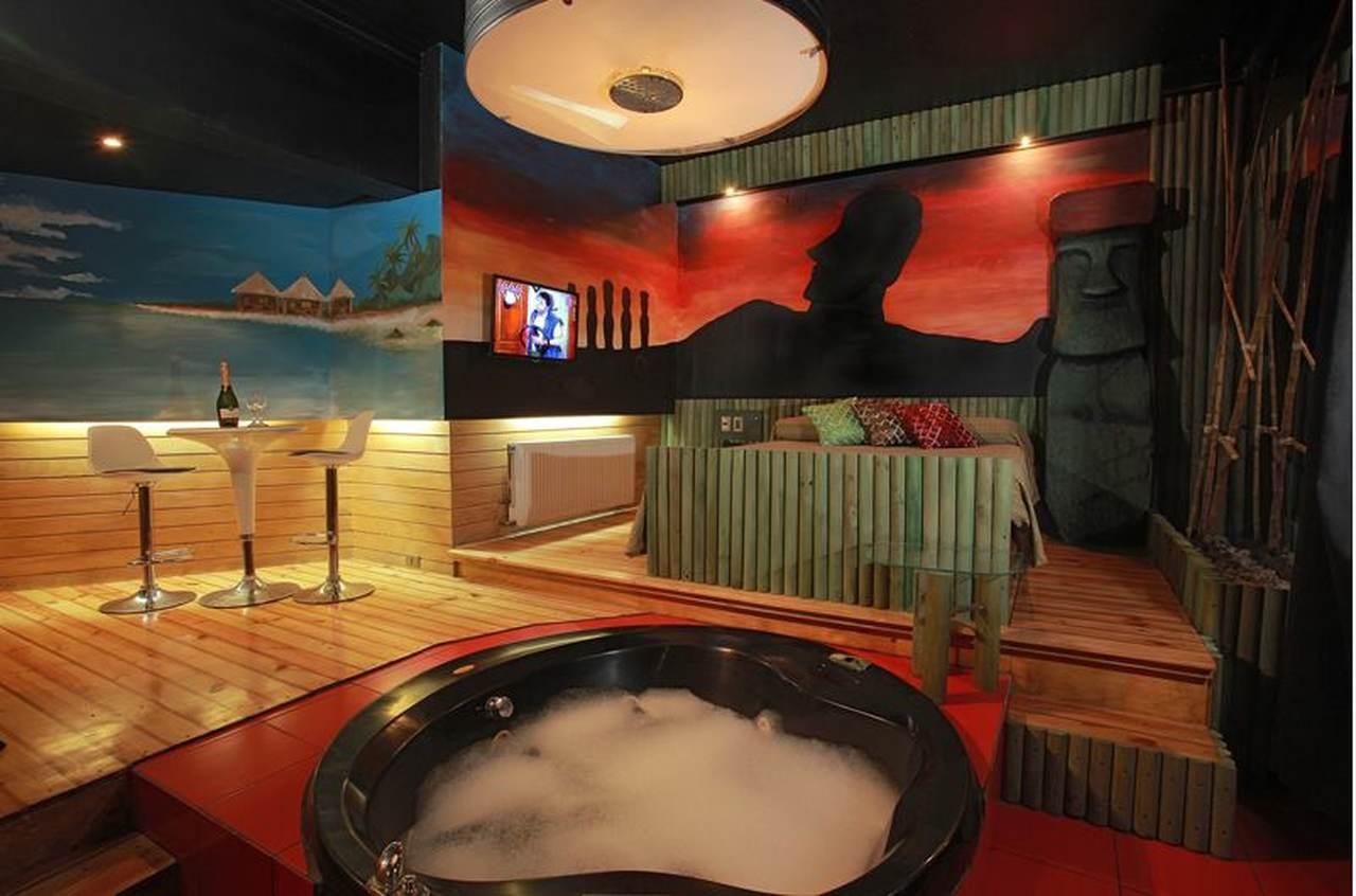 Habitación Jacuzzi en Gala : MotelNow