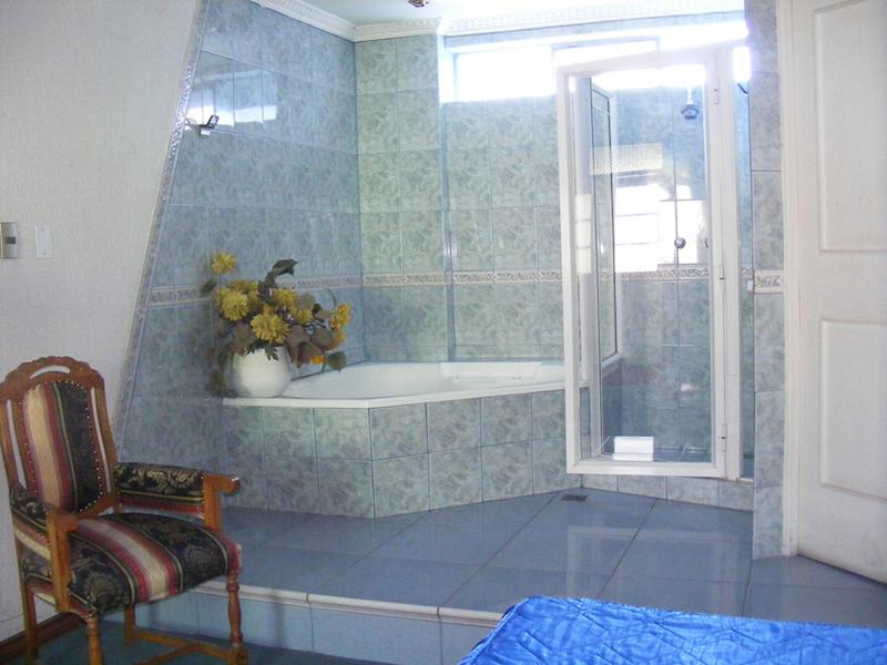 Habitación Jacuzzi en La Casa Blanca Carrascal : MotelNow