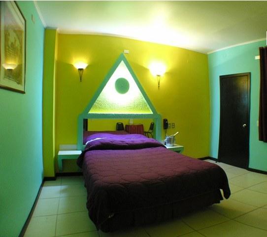 Habitación Suite en Le Chateau : MotelNow