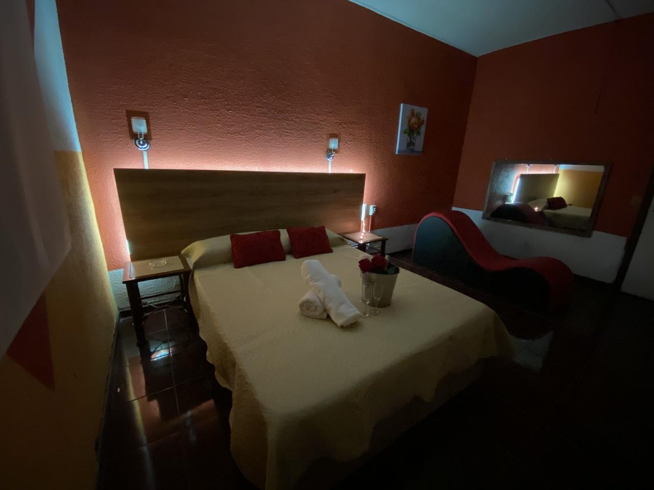 Habitación Tantra en Intimo Hotel Santo Domingo : MotelNow