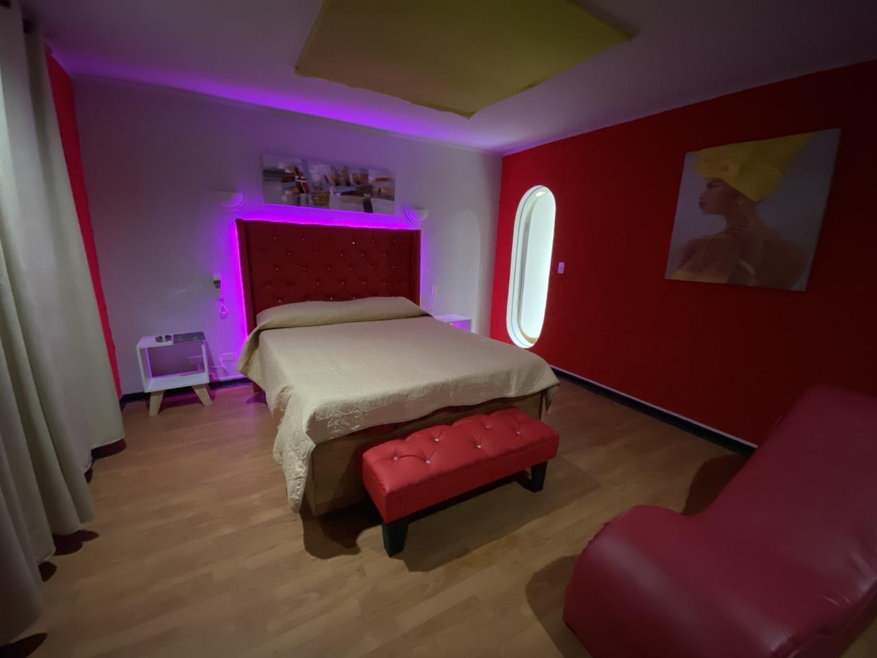Habitación Tantra en Intimo Hotel Barrio Brasil : MotelNow