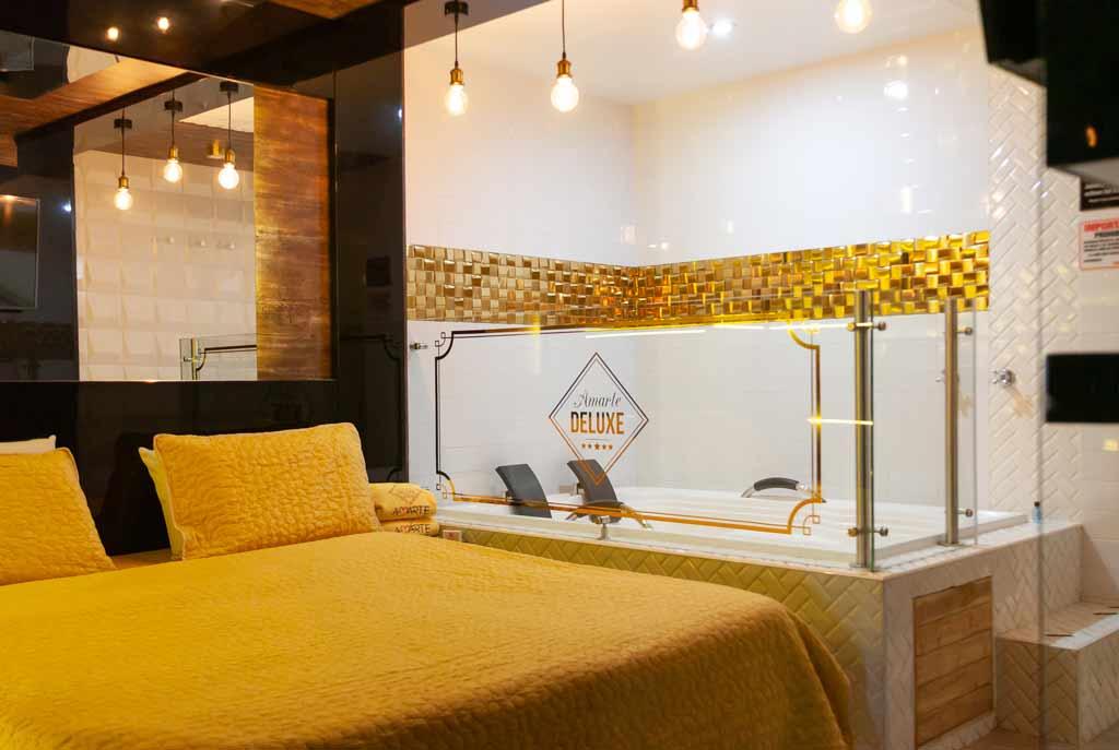 Habitación Suite Deluxe Gold en Amarte Suite : MotelNow