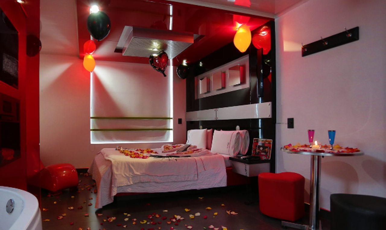 Habitación Suite VIP Jacuzzi en Amarte Suite : MotelNow