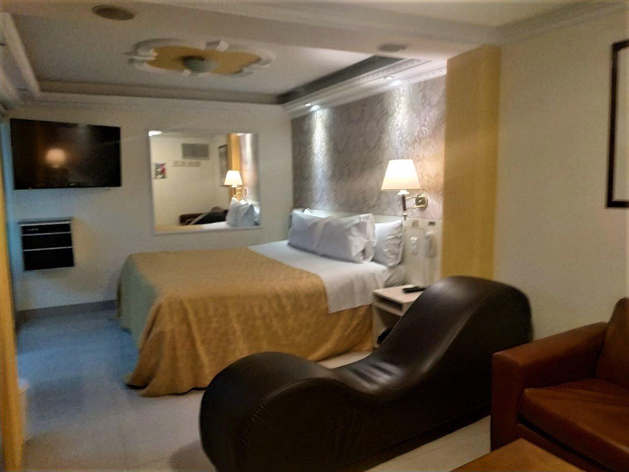 Habitación Suite Presidencial en Nuevo Meridian : MotelNow
