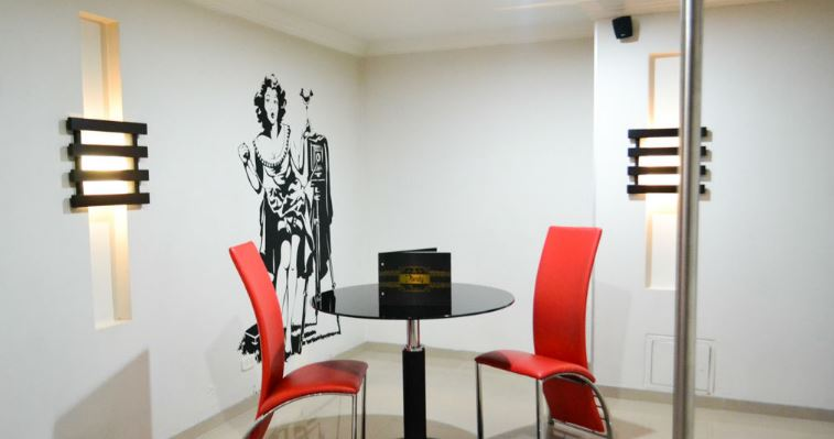 Habitación Suite Space en Dandy : MotelNow