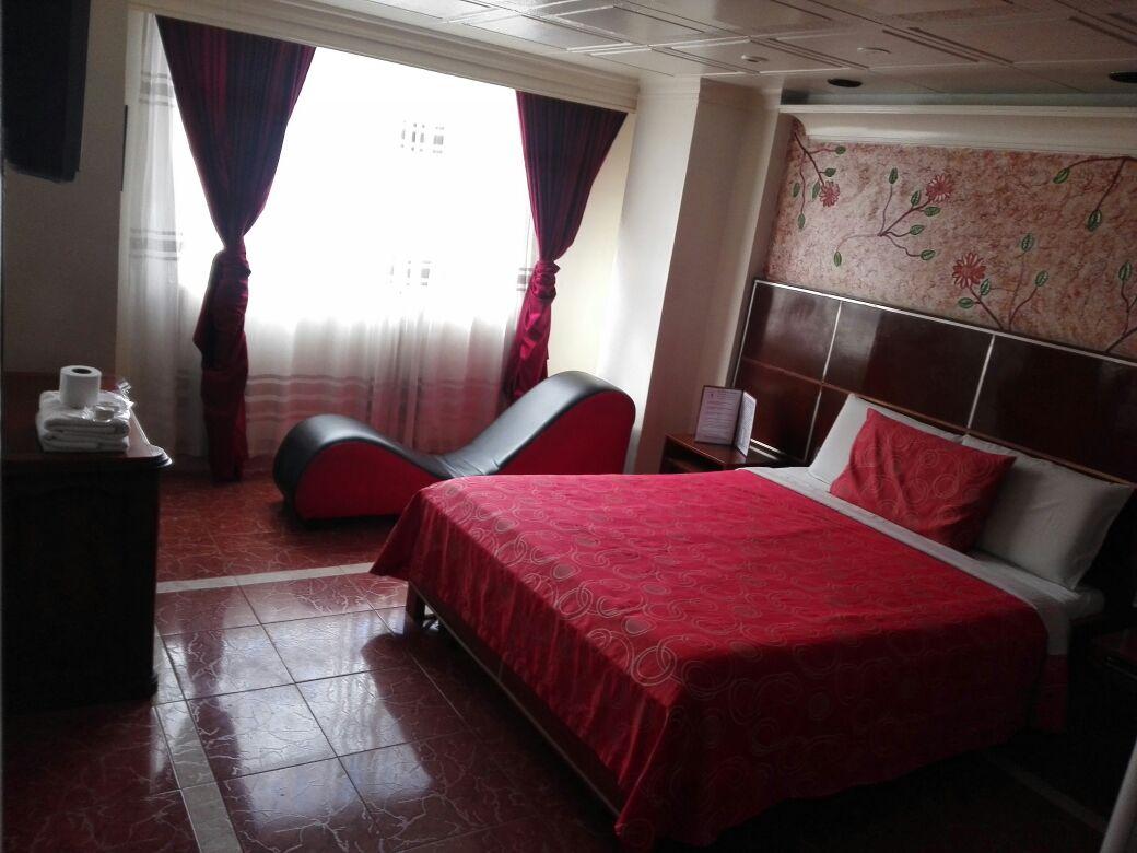 Habitación Jacuzzi y Turco en Luna Llena : MotelNow