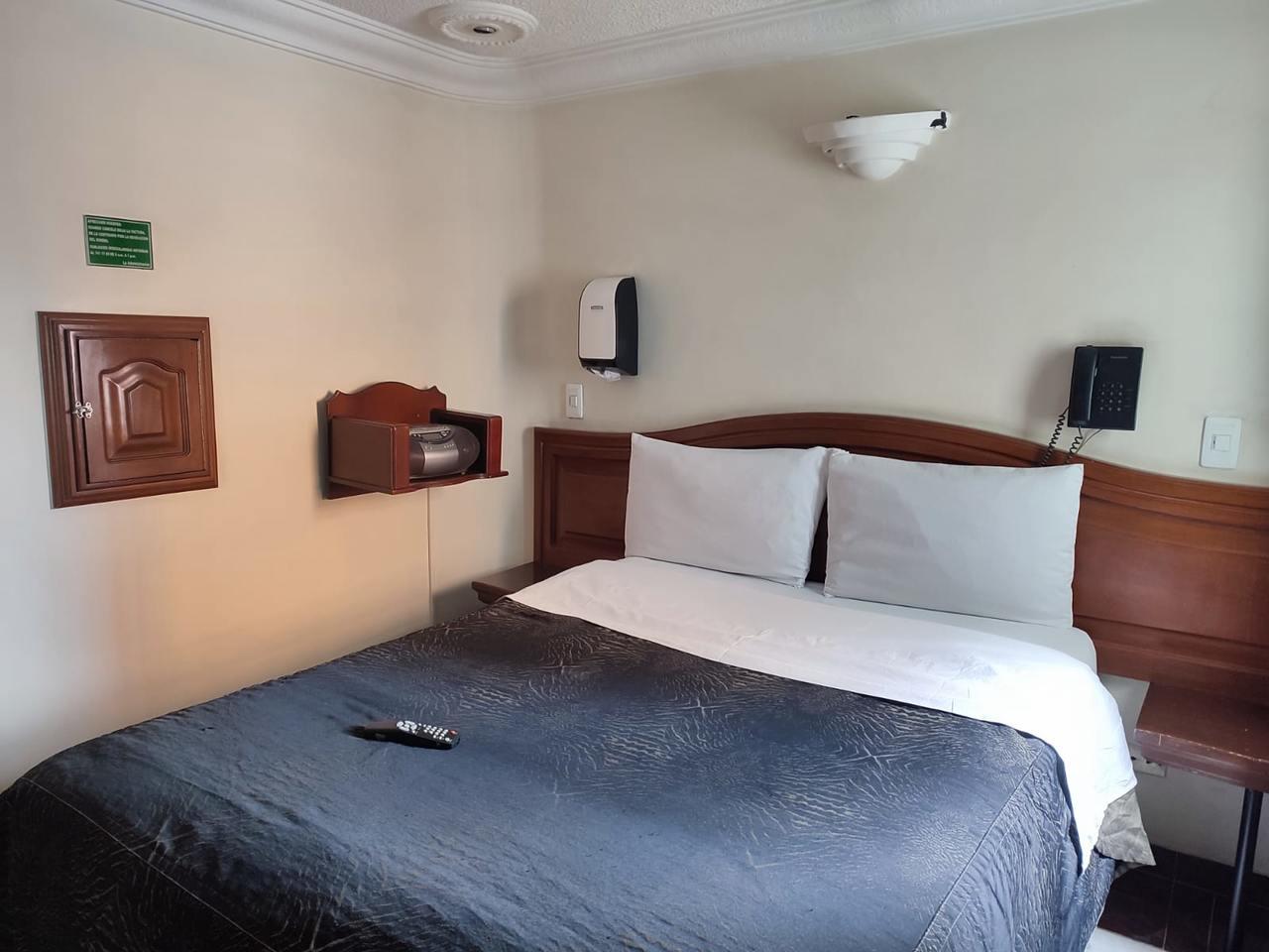 Habitación Sencilla en Amoblados El Romance : MotelNow