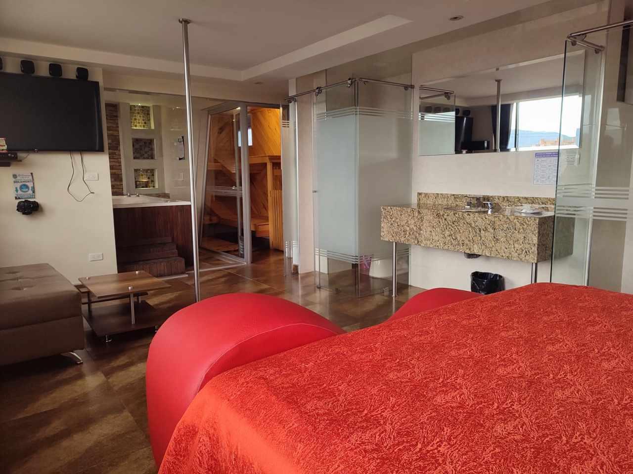 Habitación Suite Cattleya Jacuzzi en Amoblados El Romance : MotelNow