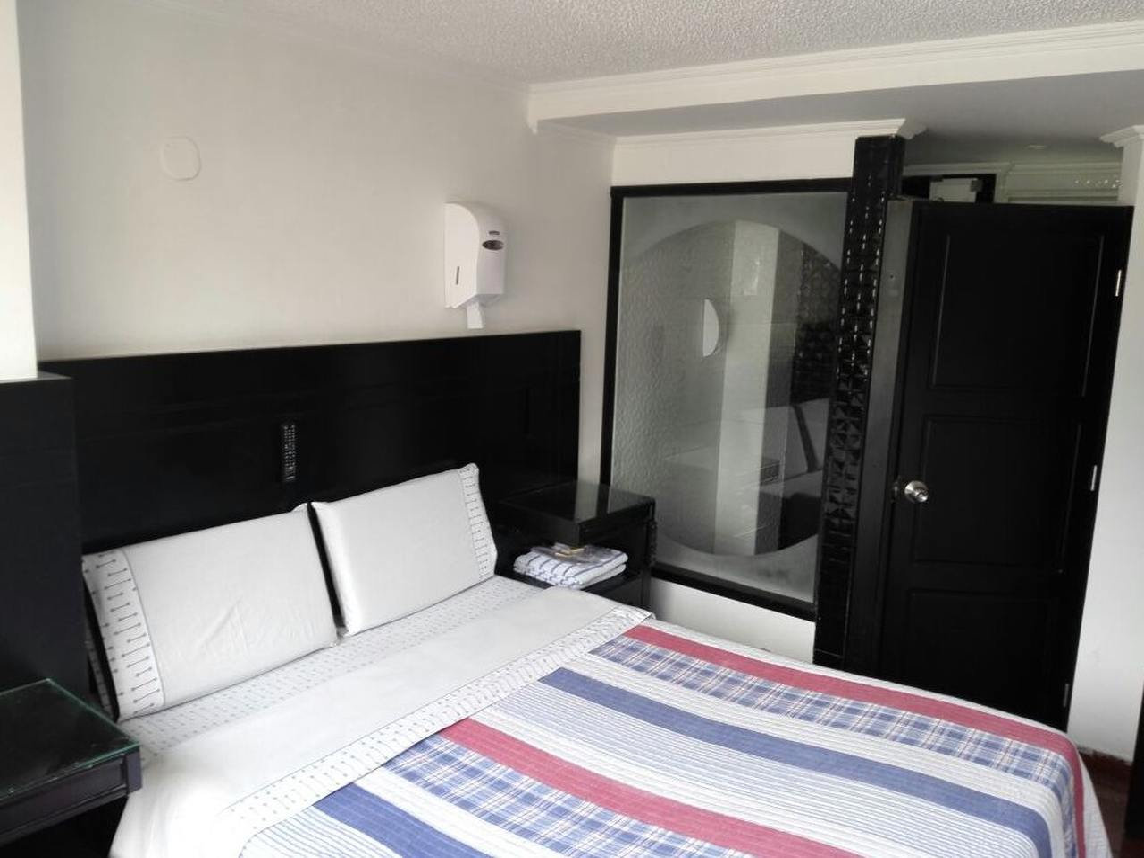 Costa Dorada en Santa Fe : MotelNow