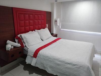 Habitación Sencilla en Fantasías Suite : MotelNow