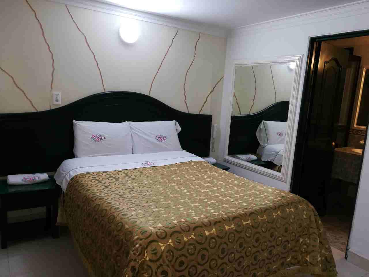 Habitación Sencilla en Luna Park 2 : MotelNow