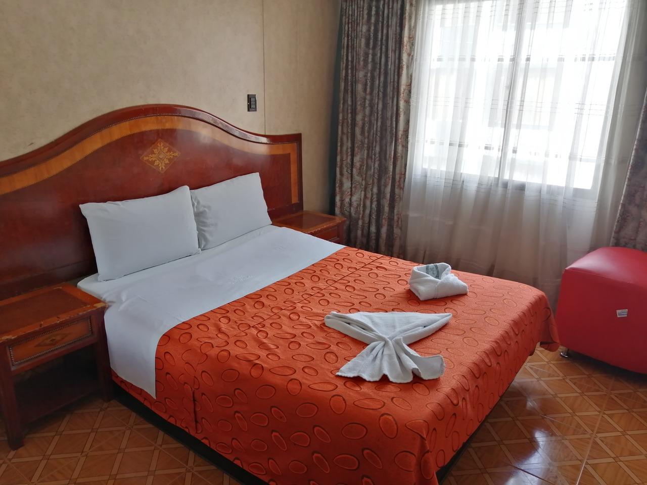 Motel Cronos en Kennedy : MotelNow