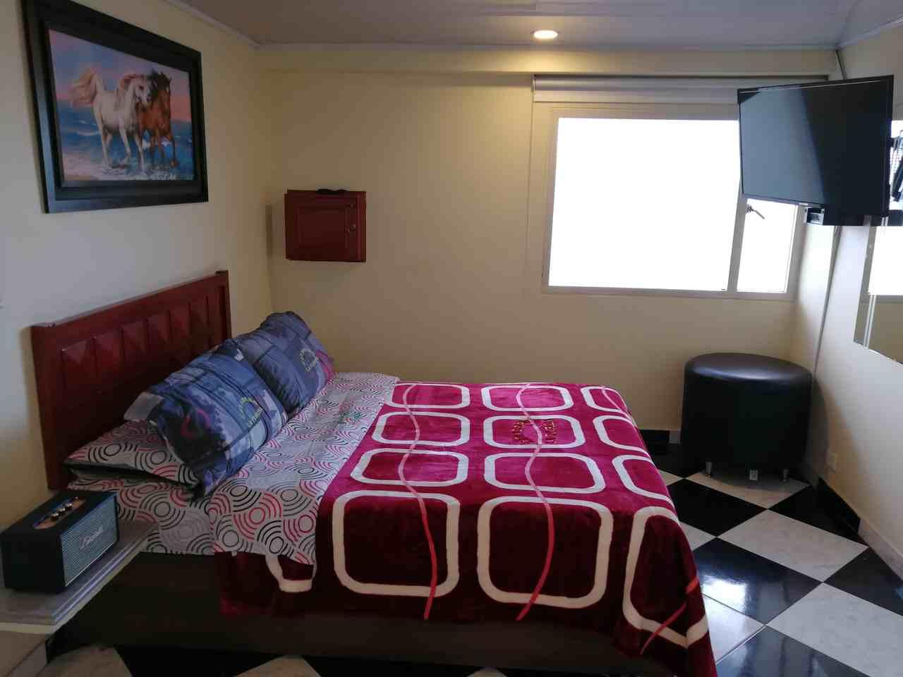 Habitación Sencilla en Estadero La Florida : MotelNow