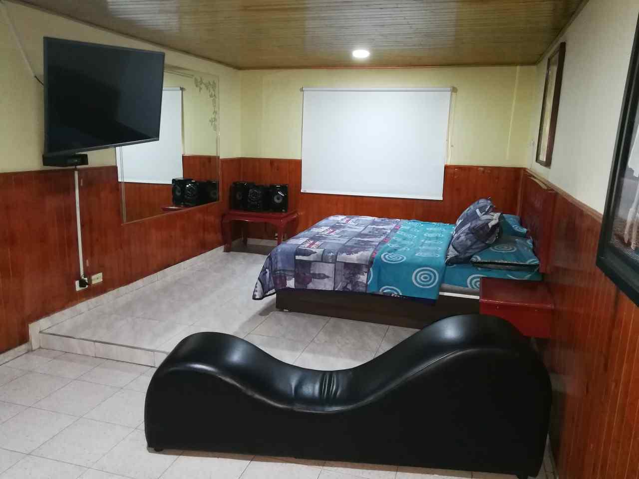 Habitación Jacuzzi en Estadero La Florida : MotelNow