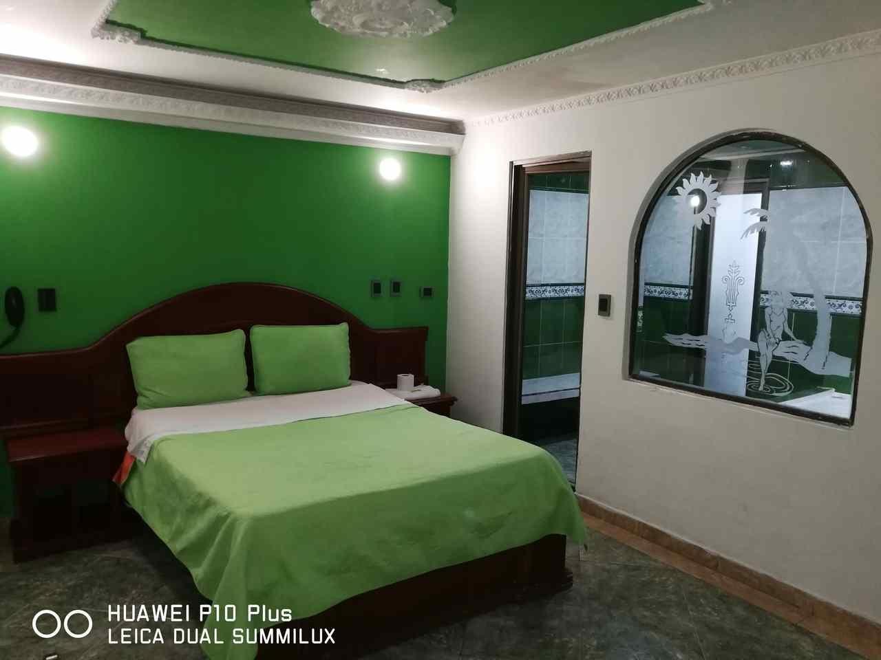 Habitación Jacuzzi en Suite Vulcano Real : MotelNow