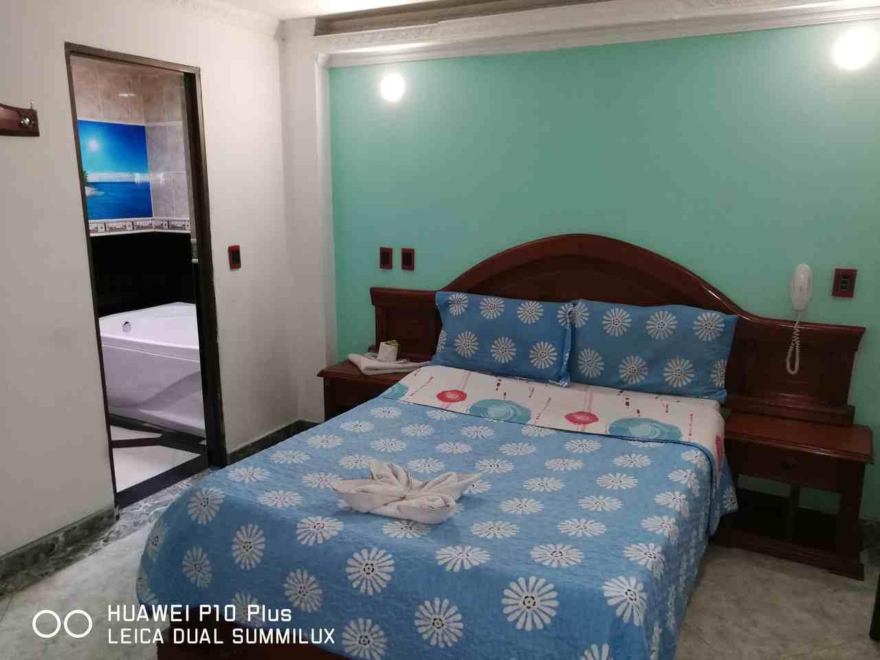 Habitación Jacuzzi Especial en Suite Vulcano Real : MotelNow