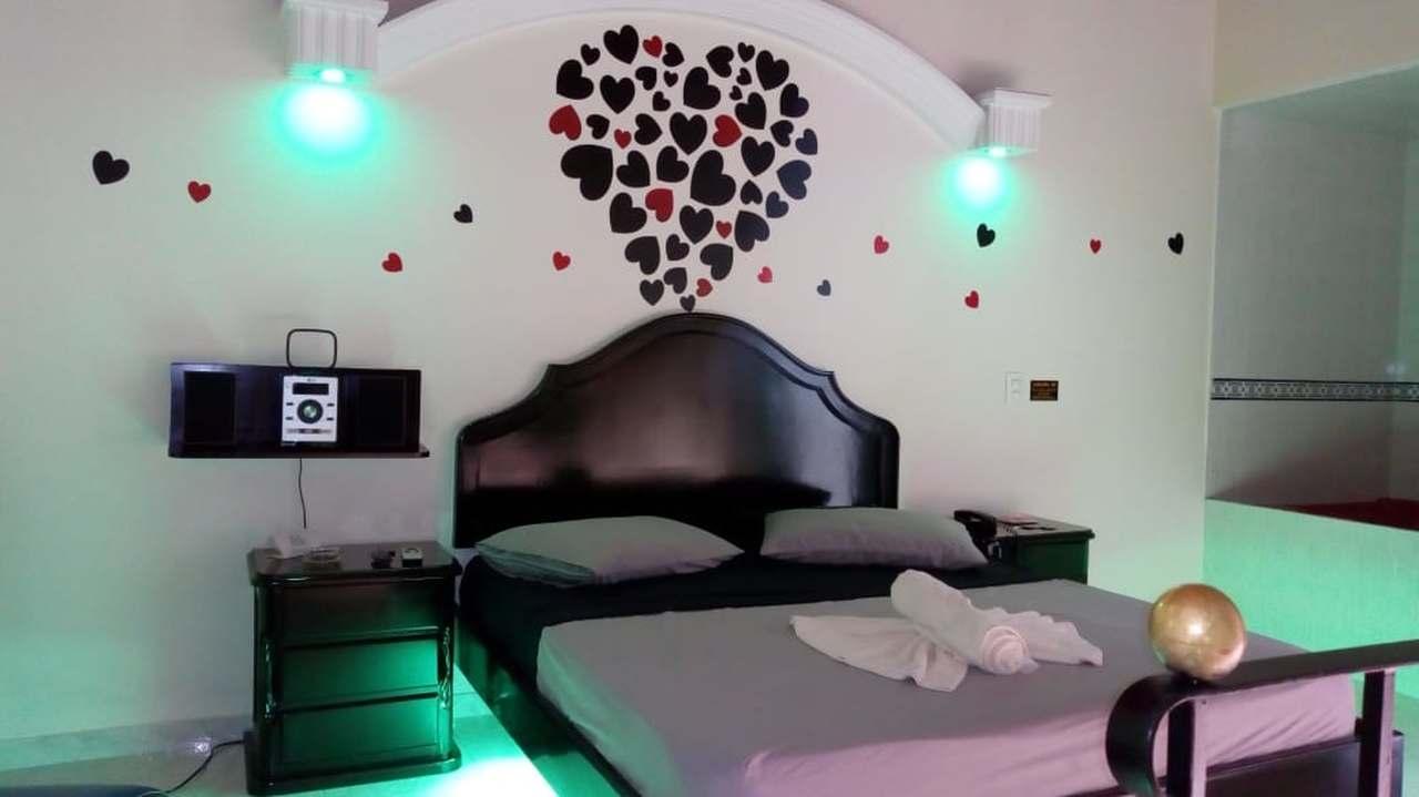 Habitación Semi Suite con garaje en El Descanso del amor : MotelNow