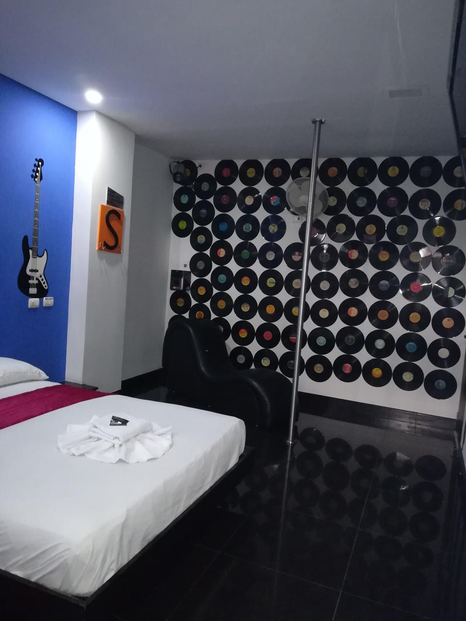 Habitación Bañera en Special Rooms : MotelNow