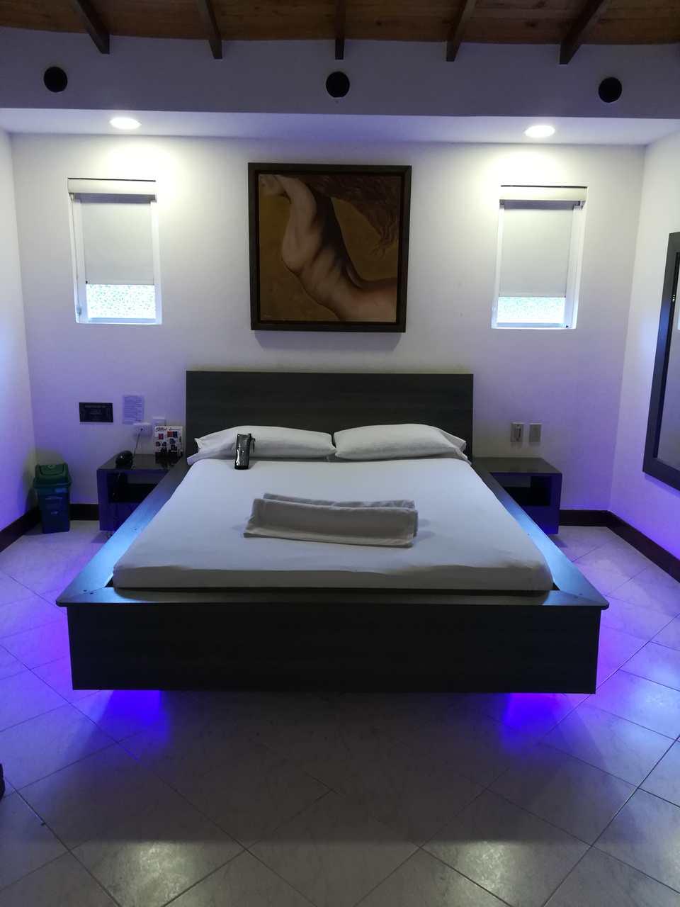 Habitación Sencilla en Mónaco Uno : MotelNow