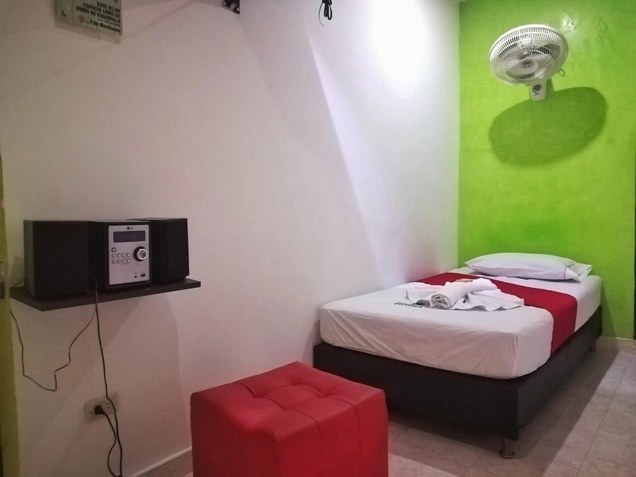 Habitación Sencilla en Paradise 33 : MotelNow