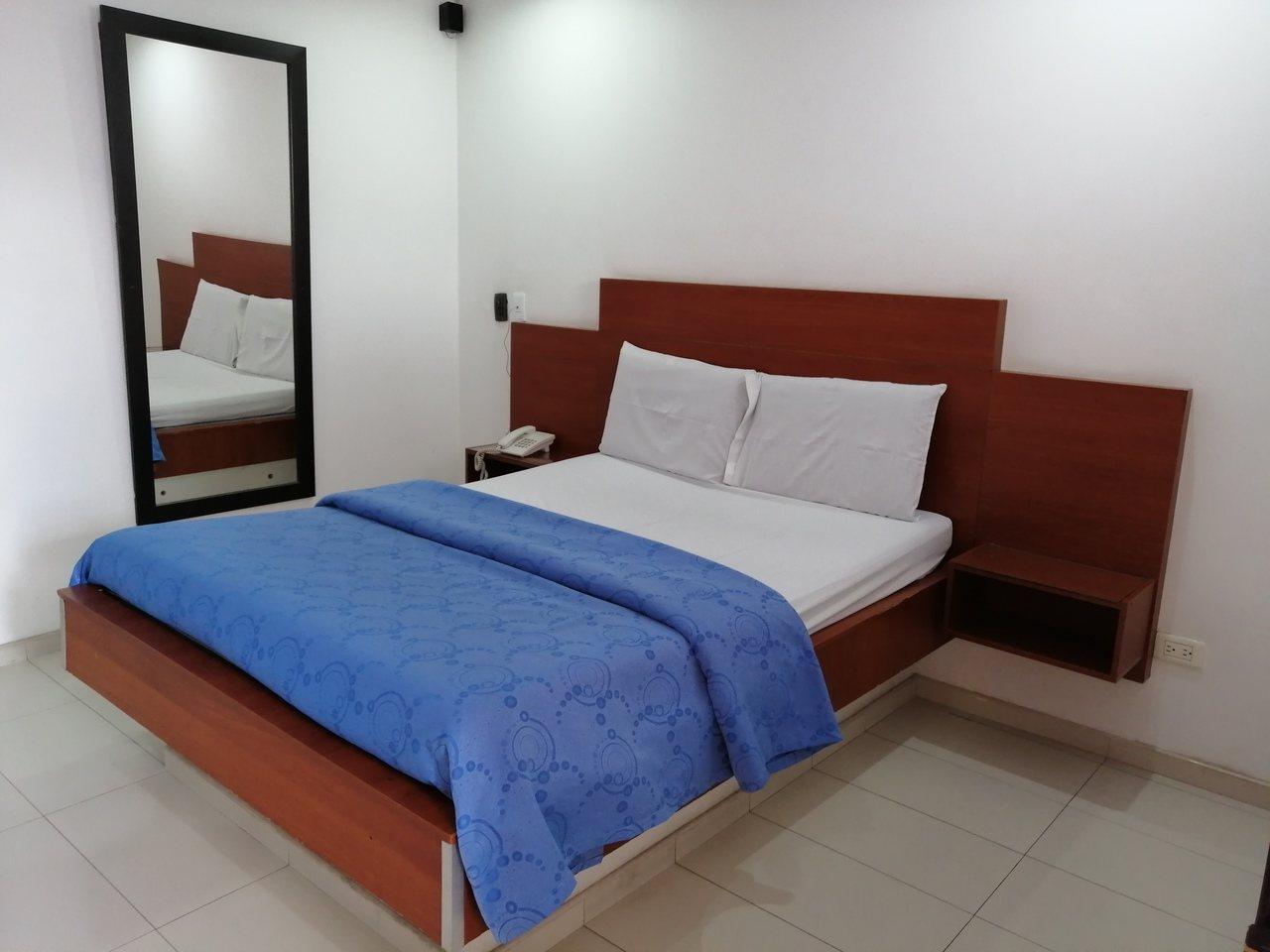 Habitación Sencilla en Blue International : MotelNow