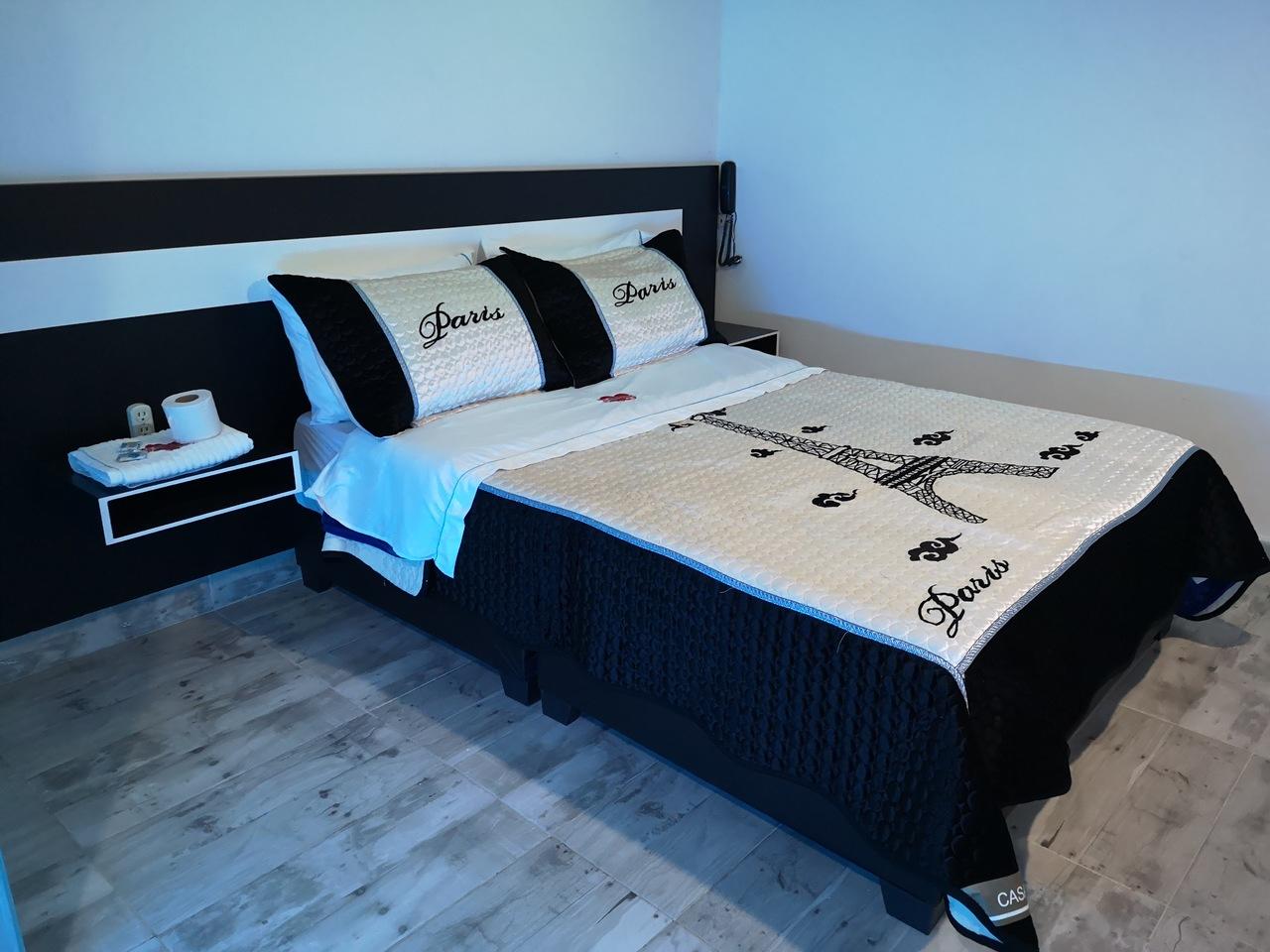Habitación Suite Jacuzzi en Risort Suite : MotelNow