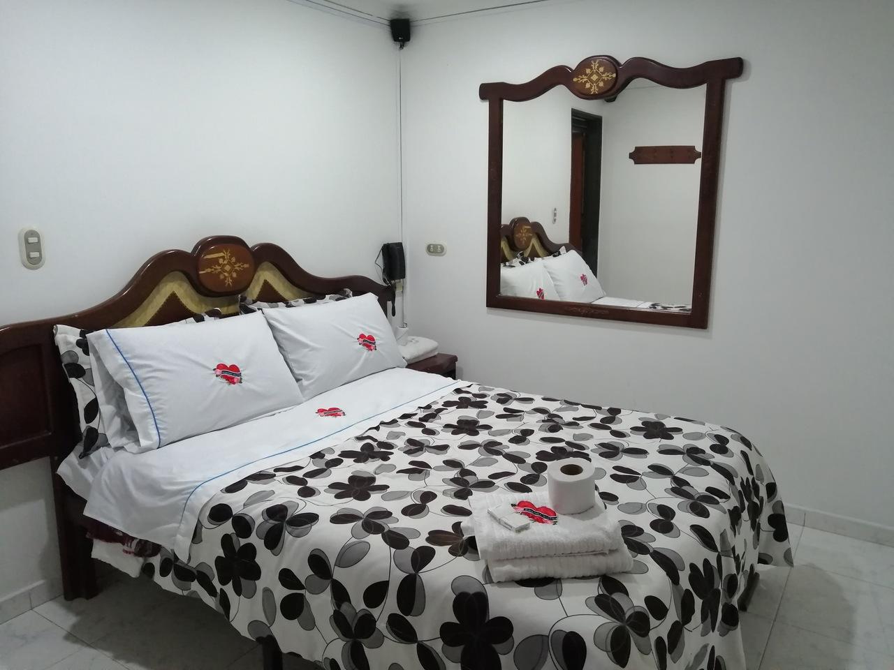 Habitación Sencilla en Risort Suite : MotelNow