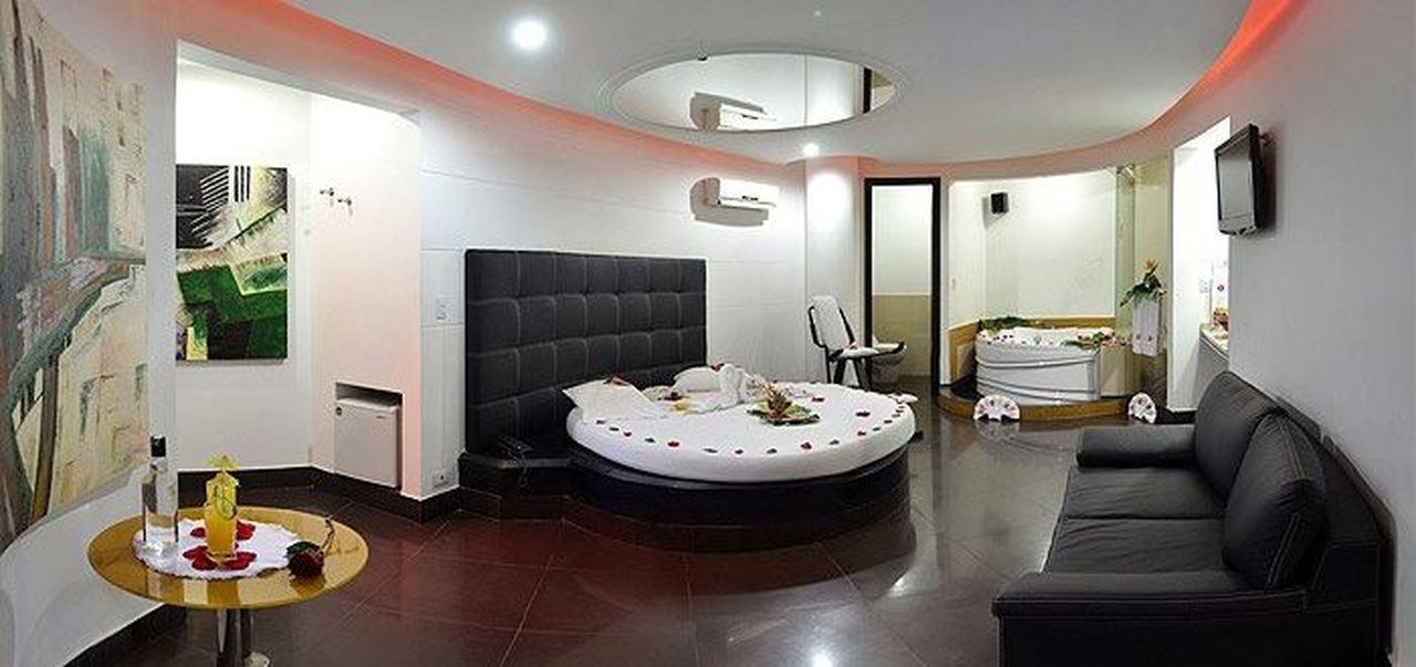 Habitación Semi Presidencial en Apartahotel Deseos : MotelNow