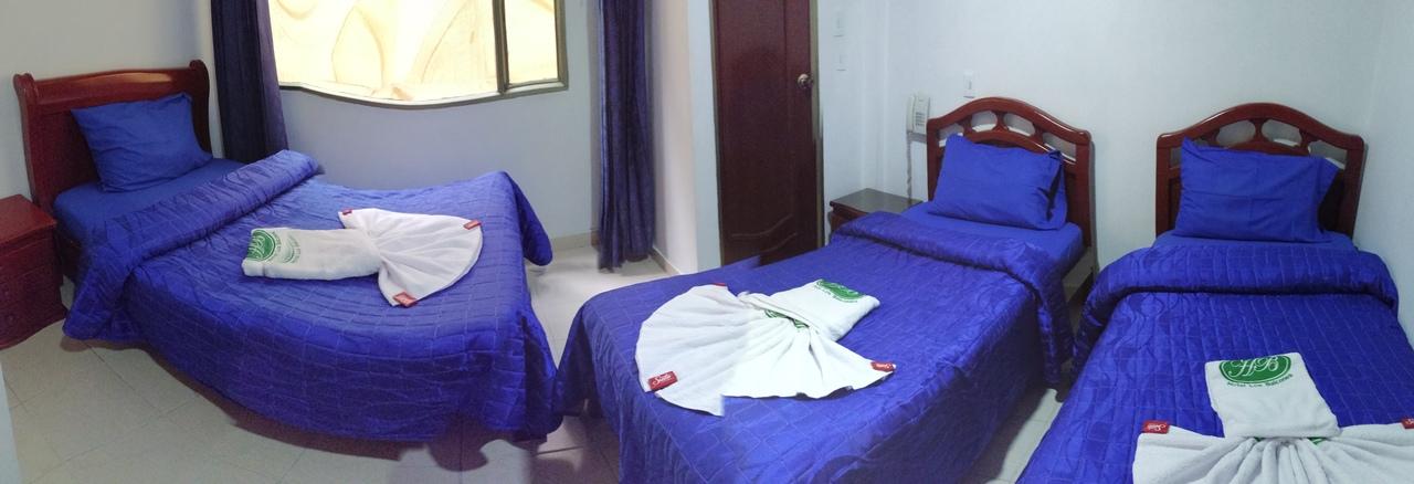 Habitación Habitación tres camas en Hotel Los Balcones : MotelNow