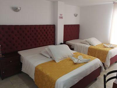 Habitación Triple  en Hotel Cabrera Real : MotelNow