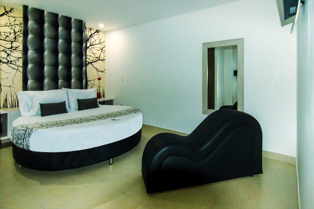 Hotel Perlatto en Bello : MotelNow