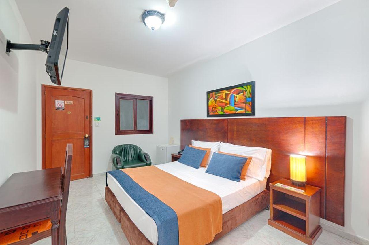Hotel Granada Real  en Barrio Granada : MotelNow