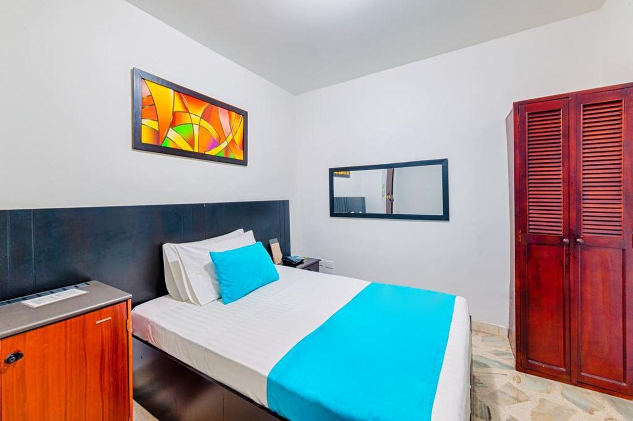 Habitación Doble en Hotel Granada Real  : MotelNow