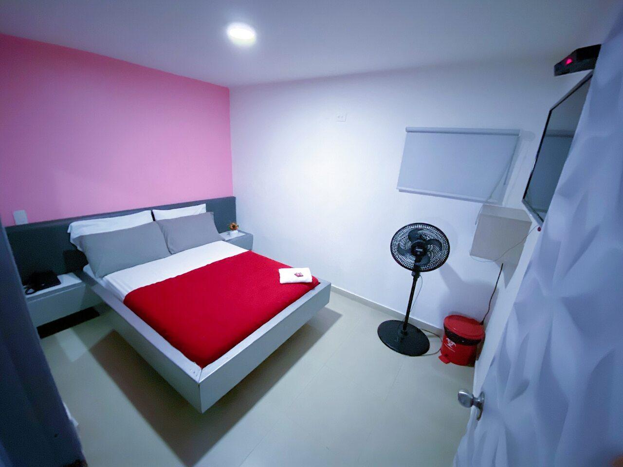 Habitación Sencilla en Lé Couple Suite : MotelNow