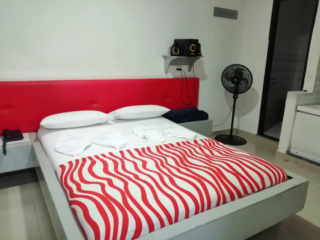 Habitación Jacuzzi en Lé Couple Suite : MotelNow