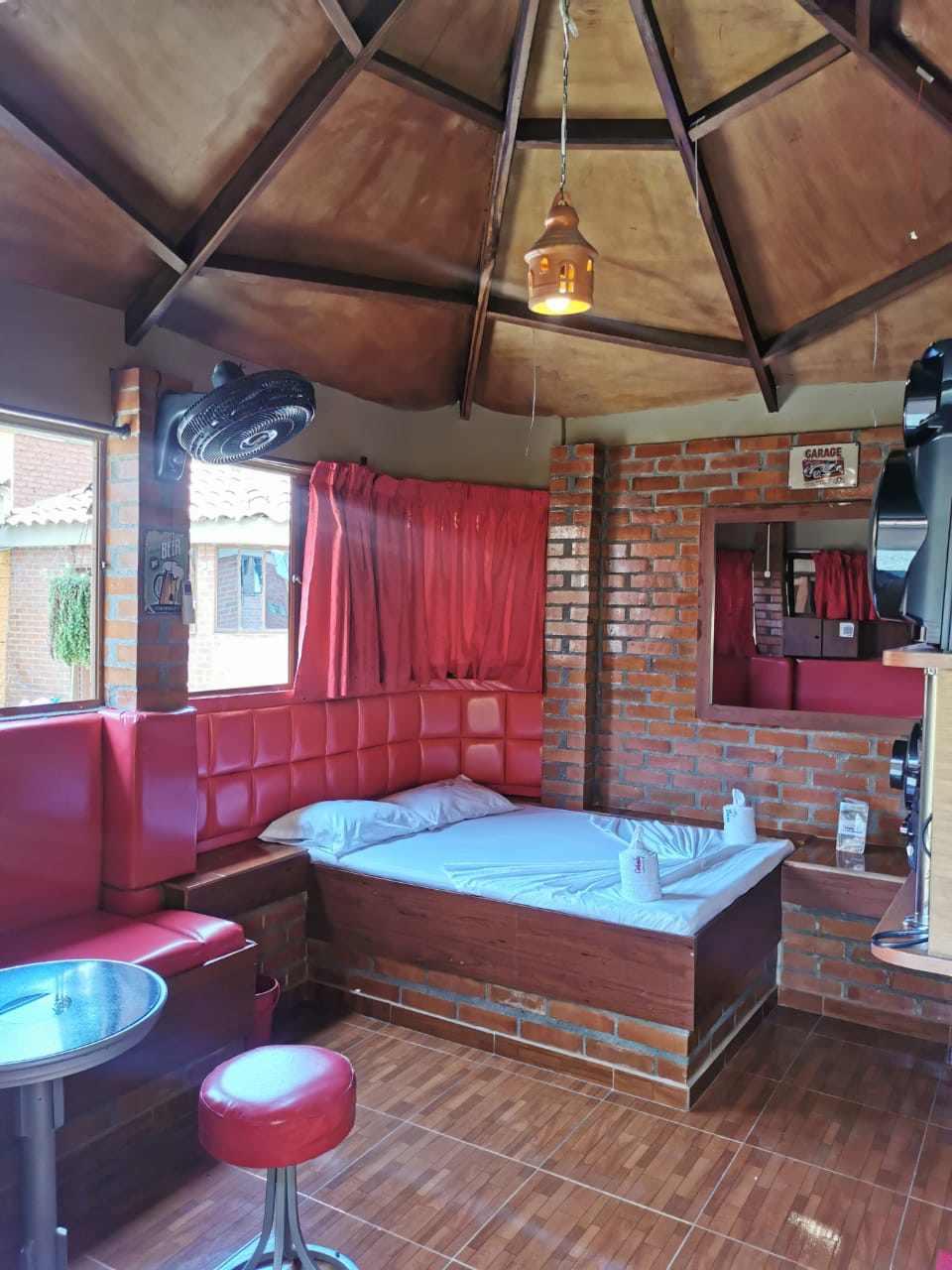 Caricias Juanchito en Juanchito : MotelNow